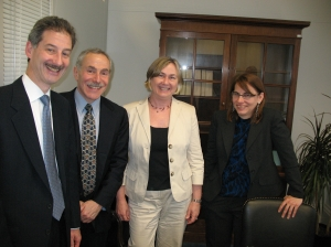 Drs. Kuritzkes, Mayer, and Hamilton talk about global AIDS funding with Senate aide Shannon Smith